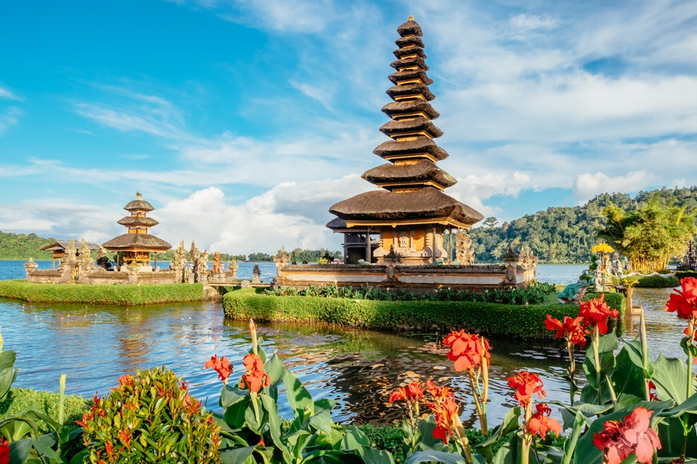 Experience the Incomparable Beauty of Bali